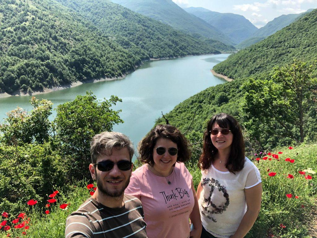 Bi' Gün Yine Yoldayız Ekibi  Debre - Kuzey Makedonya